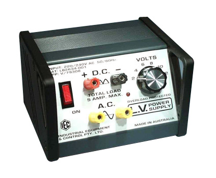 IEC Switchable Power Supply 5 Amp LED Overload Display
